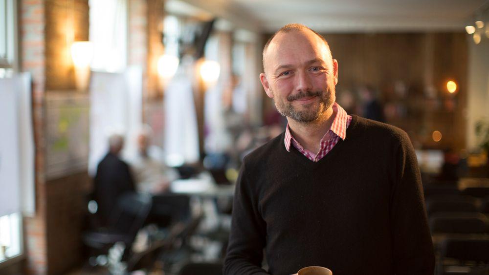 Kristian Bye gikk ned 700.000 kroner i lønn da han valgte en gründertilværelse. I dag er han investor i suksess-selskaper som BRIGHT Products, Bedd, Remarkable og Talerlisten.