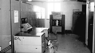 Den elektroniske regnemaskinen Frederic, fotografert på Kjeller i 1966.