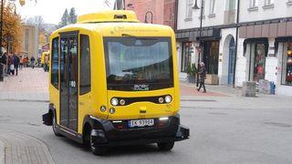 Setter inn førerløs buss på ordinær bussrute