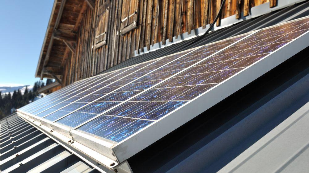 I 2016 kom det fram at det finnes to forskjellige typer strømmålere som avregner forskjellig for kunder med solceller. Nå er det slått fast at dette gjelder rundt 53.000 kunder.