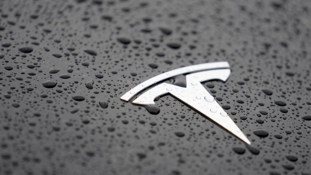 Teslas inntekter økte, men langt fra så mye som markedet hadde forventet. I årets første kvartal tapte elbilprodusenten over 700 millioner dollar.