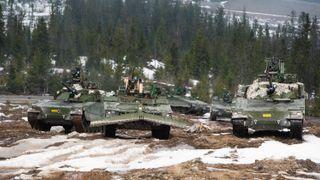 Har nettopp fått 144 nye panservogner – nå vil de pusse opp 20 gamle slitere