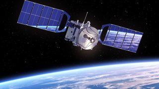 SpaceX fikk ny godkjennelse: Byggingen av rom-Internett kan starte neste måned