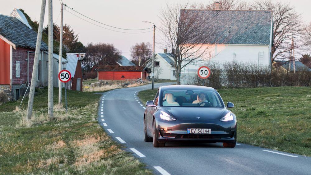 Tesla Model 3 har relativt lavt forbruk.