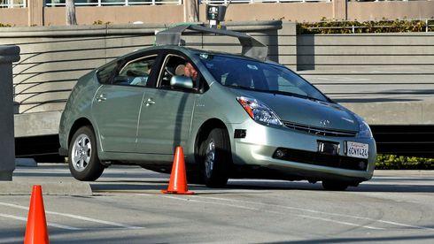 Simulert GPS-angrep fikk testbilen å kjøre av veien