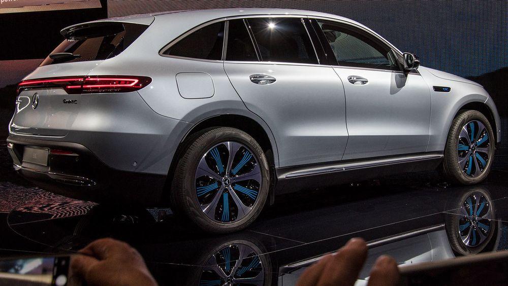 Mercedes EQC er en av mange elbiler som kommer på markedet i 2019.