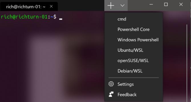 Meny i Windows Terminal hvor brukerne kan velge mellom ulike kommandolinjeskall når en ny fane skal åpnes.