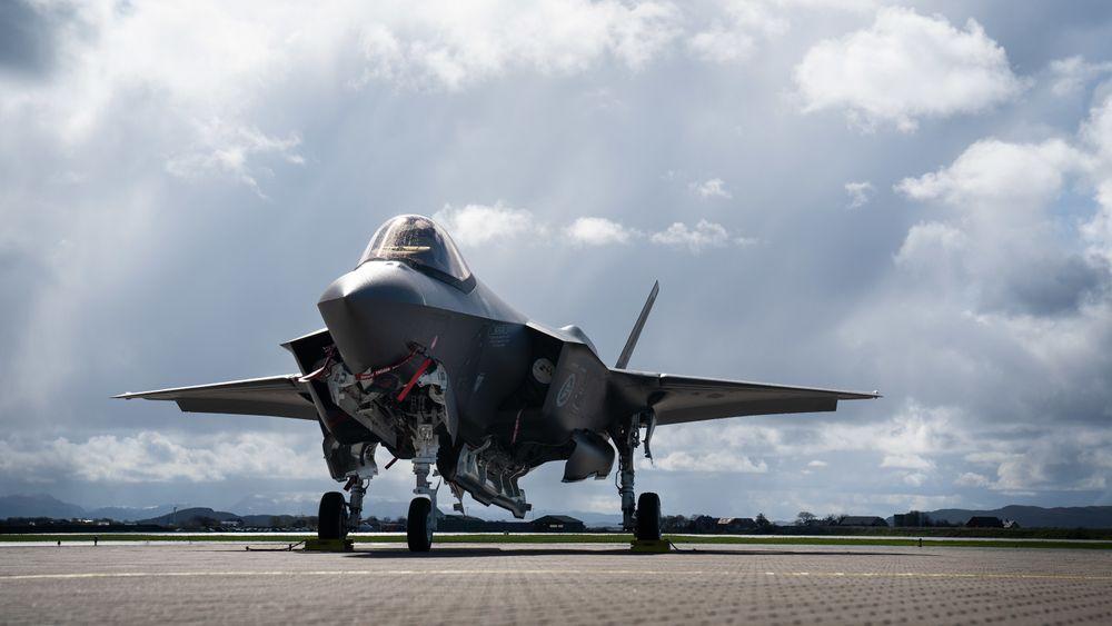 Foreløpig har 12 F-35 ankommet Ørland. Dollarkursen ligger per mai 2019 langt over det regjeringen har lagt til grunn i sine regnestykker.
