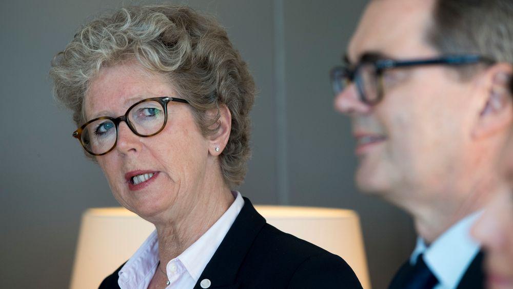 Hilde Merete Aasheim overtar i dag som ny konsernsjef i Hydro, etter Svein Richard Brandtzæg t.h.