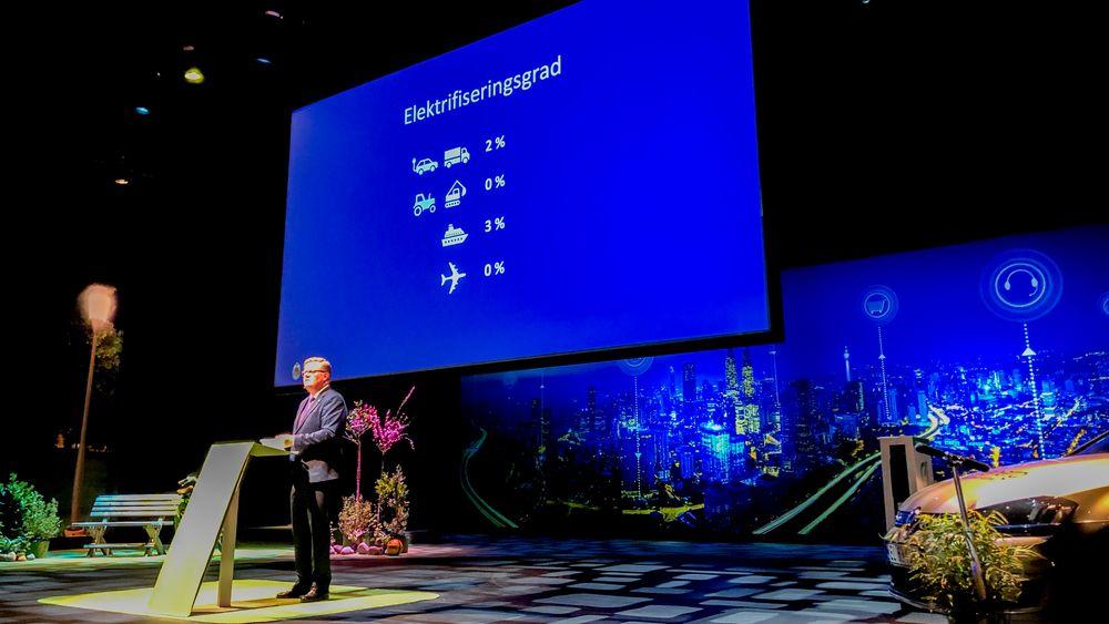 Ordfører Harald Furre (H) i Kristiansand presenterte elektrifiseringsgraden av transportsektoren i Kristiansand kommune under Agder Energi-konferansen 2019