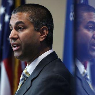 Lederen av USAs teletilsyn Ajit Pai.