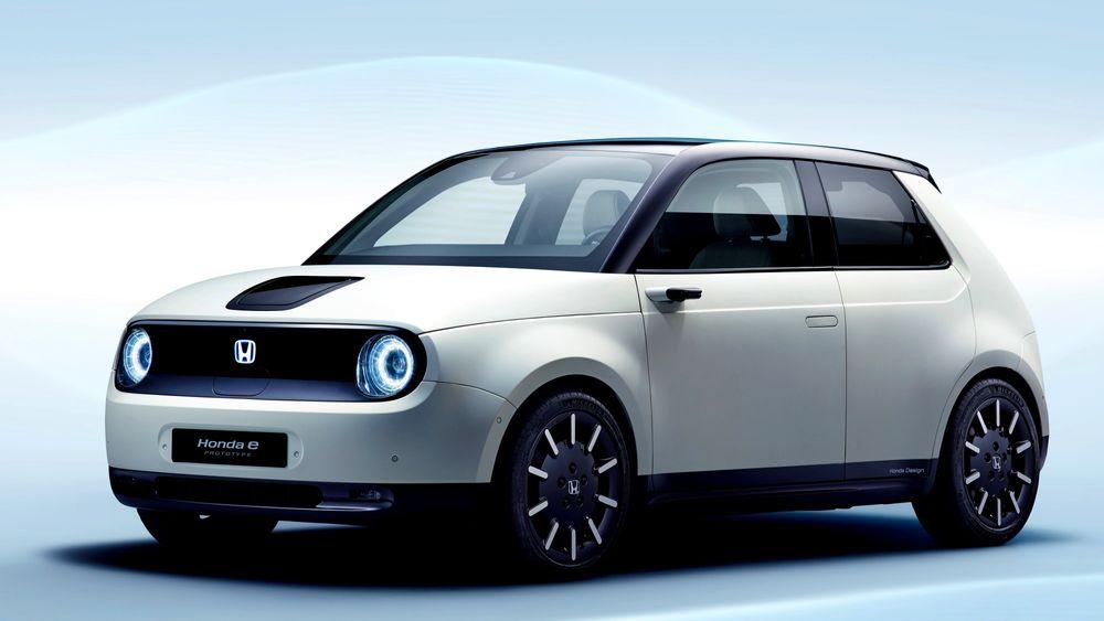 Honda e prototyp ble vist på den internasjonale motormessen i Geneve tidligere i år. Fra neste uke kan den reserveres i Norge.