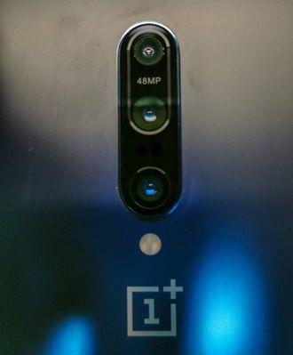 Nærbilde av kameraet på Oneplus 7 Pro