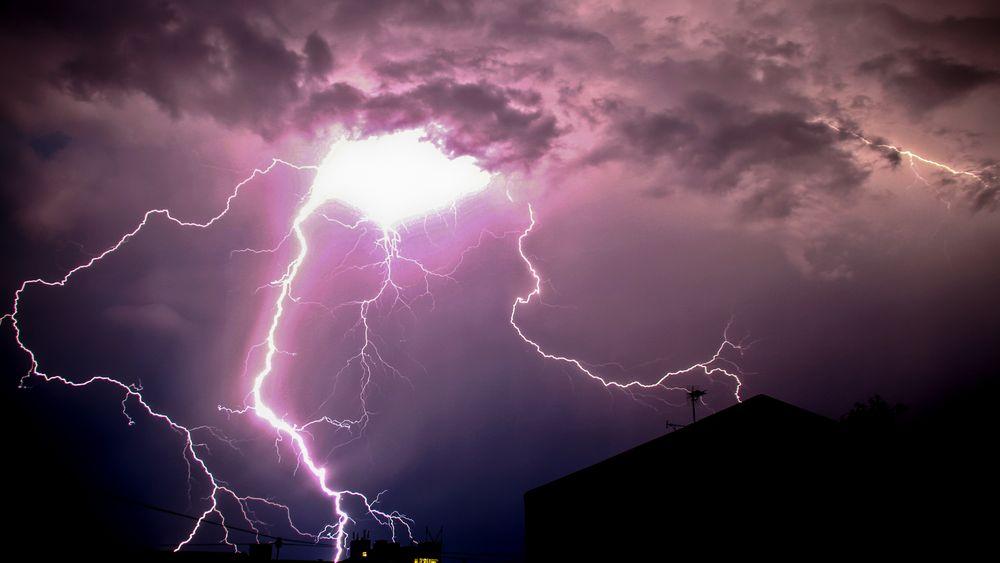 Det lyner ofte i Norge, men de fleste lyn går fra sky til sky.