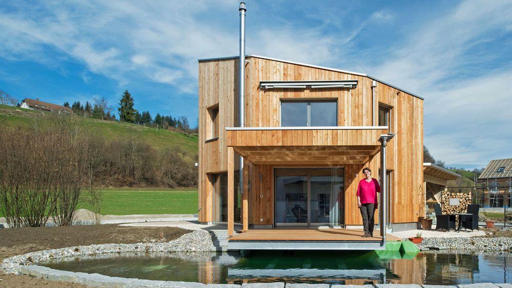 De små modulhusene har grunnflater fra 50 kvadratmeter og oppover og skal være både utslippsfrie og selvforsynte med energi og vann.