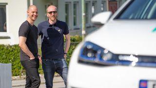 Nordmenn er redde for å kjøpe feil bil. Flere går for elbil-abonnement