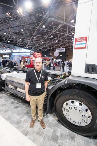 Jean-Luc Serine er kjøretøyarkitekt i Renault Trucks.
