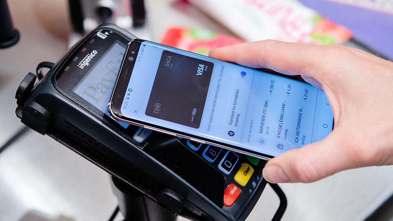 Norges største bank har åpnet opp for Google Pay, venter med Apple Pay
