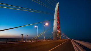 Åpner 36 kilometer lang bru i Kuwait. Se de spektakulære bildene