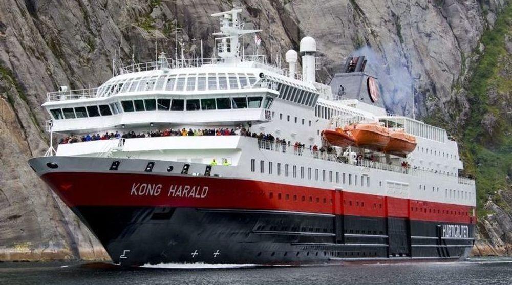 Hurtigruteskipet «Kong Harald» er en av de første som skal bygges om for å gå på biogass.