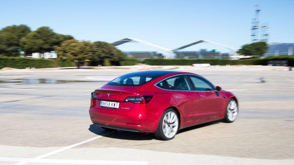 Økt produksjonskapasitet for Tesla Model 3 til det europeiske markedet er sammen med salgsstarten til Volkswagen ID.3 ventet å gi en betydelig økning i antallet registreringer av elbiler neste måned.