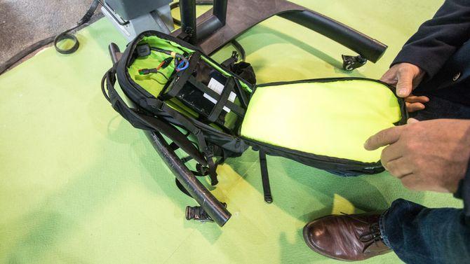 Cyclable tilbyr en løsning hvor batteriet oppbevares i ryggsekken.
