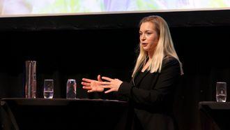 Landsmøtet til PBL - politisk debatt. Trude Teige, Mathilde Tybring-Gjedde, Hans Fredrik Grøvan, Jon Gunnes, Marit Arnstad, Martin Henriksen, Anne Lindboe og Audun Lysbakken.