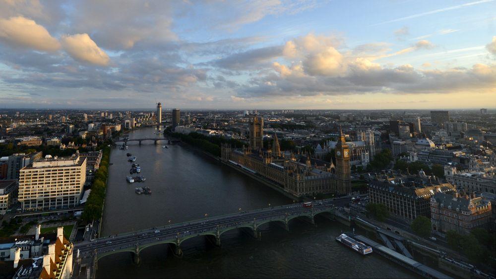 Themsen, som renner gjennom London, er en av de europeiske elvene hvor forskerne har funnet rester av antibiotika.