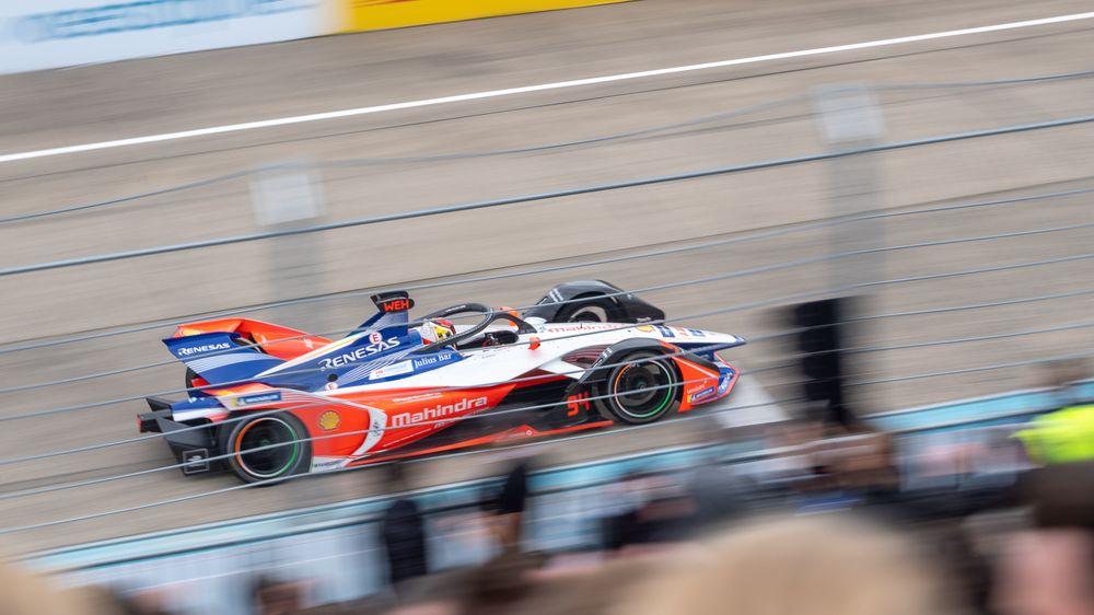 Pascal Wehrlein fra Mahindra Racing gir det han har på Tempelhof. Det rekker til en tiendeplass.