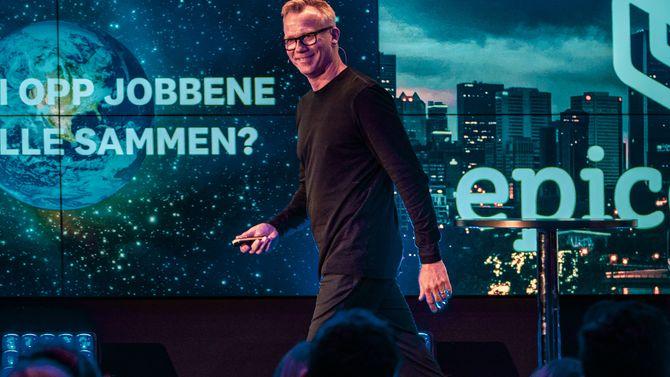 Petter Gulli fra 12 Years avsluttet talerekken med et engasjert innlegg om klimasaken.