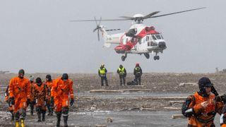 I iskulden teller hvert minutt: Her redder de 100 med helikopter på Svalbard