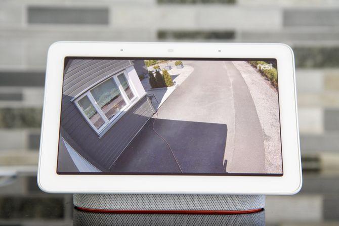 Du kan få Nest Hub til å vise bilde fra Nest-kameraene.