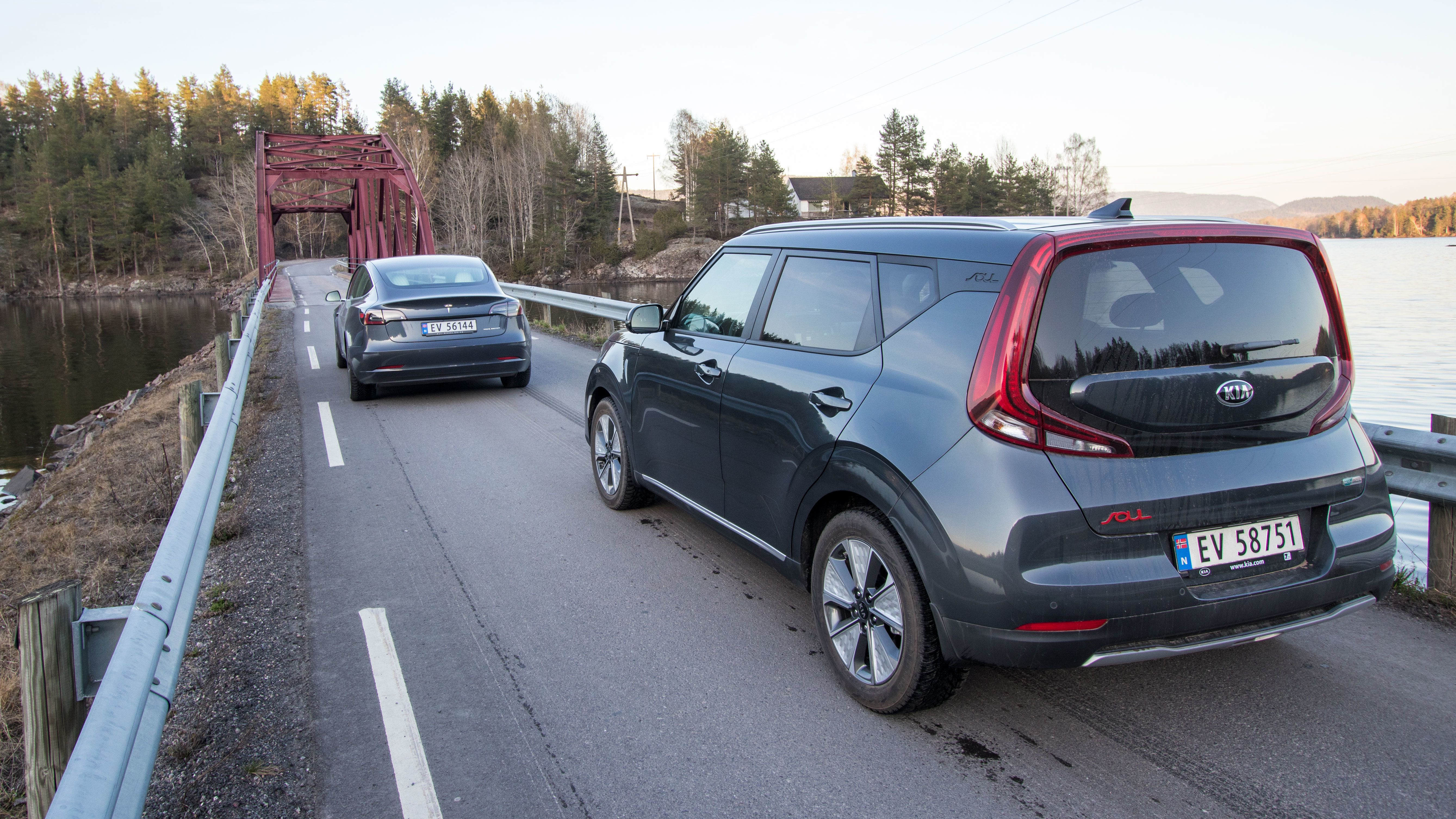 TESLA MODEL 3 V KIA E-SOUL: Two very different electric cars