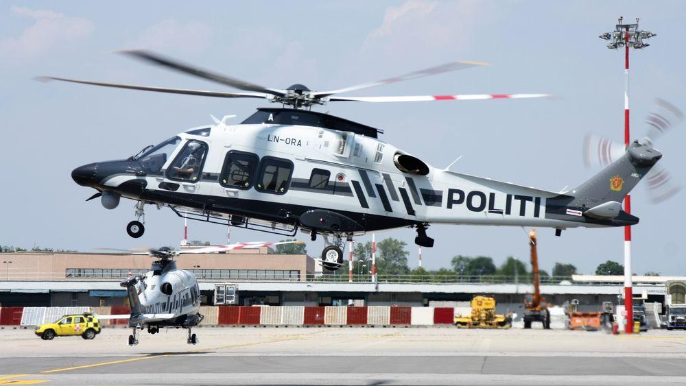 To av Politiets nye AW169-helikoptre på Malpensa lufthavn nordvest for Milano tirsdag.