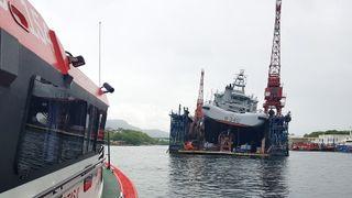 Kystvaktskip fikk slagside - evakuerte mannskap på 30