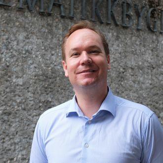 Anders Hansen, professor II ved Matematisk institutt ved Universitetet i Oslo. (portrett)