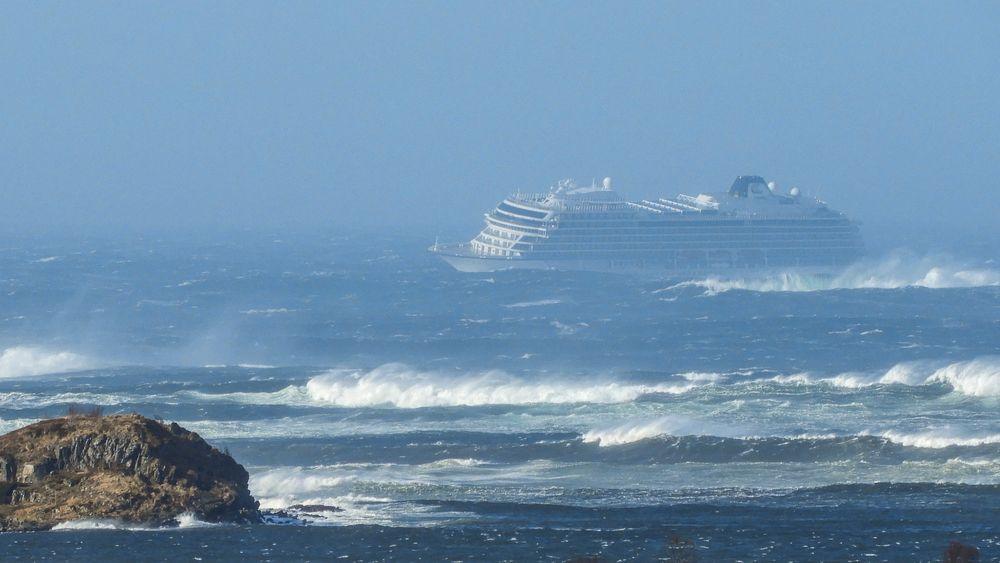 Cruiseskipet Viking Sky var nær ved å forulykke etter motorhavariet på havstrekningen Hustadvika i Møre og Romsdal i mars i år.