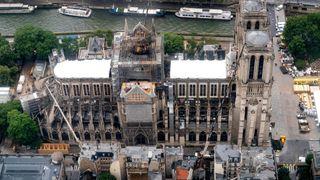 Sjefarkitekt: Notre-Dame kan fortsatt falle mer sammen