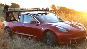 Tesla-pickup-truckla-hero-1-e15608364721