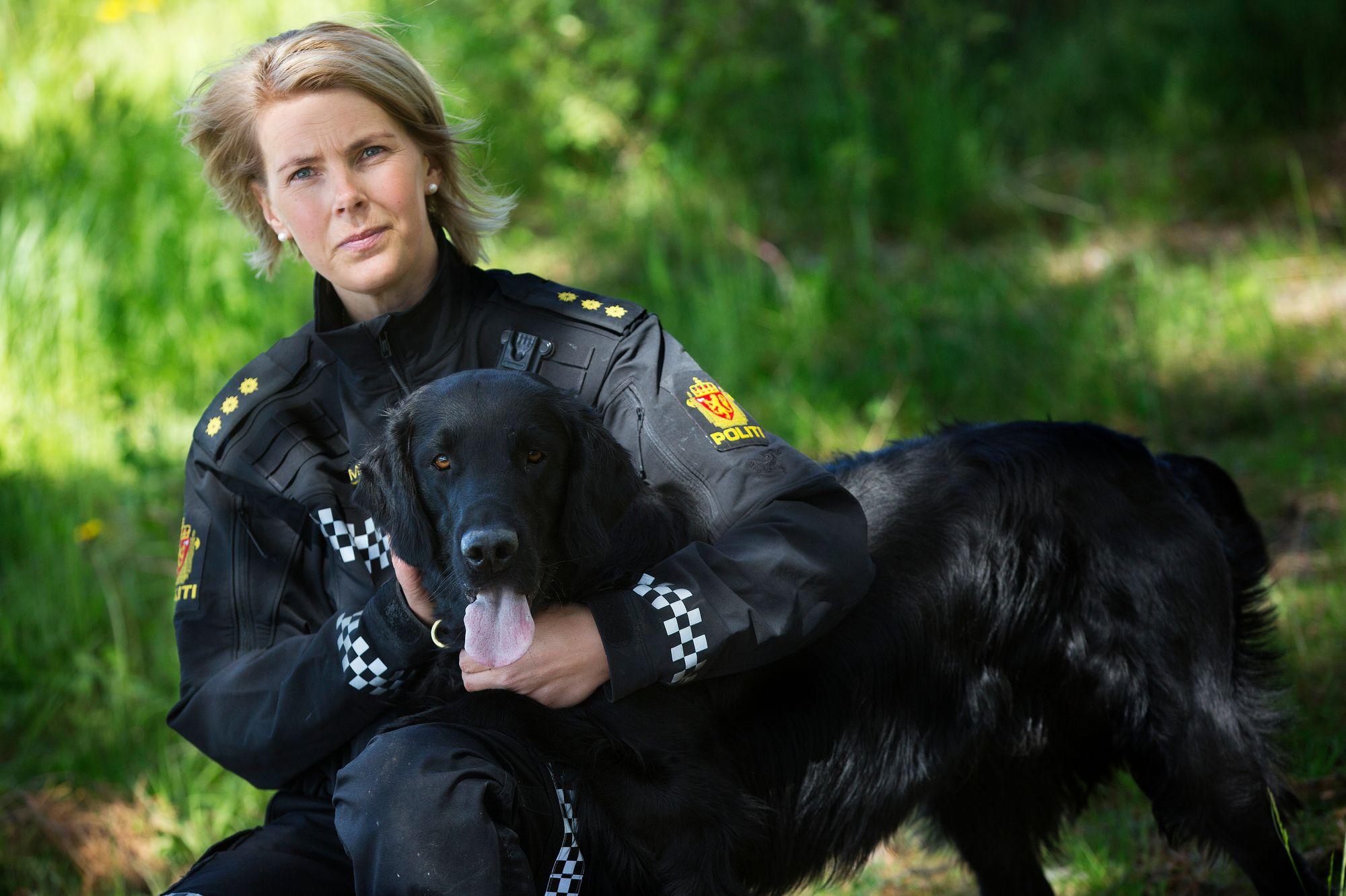 165fe06d Så kollegaen bli skutt - så mistet hun hundeførerjobben - Politiforum.no