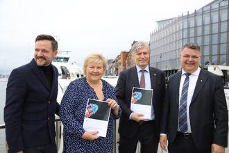 Regjeringen viste styrke da Handlingsplan for grønn skipsfart ble lagt fram 20. juni: Utviklingsminister Dag-Inge Ulstein, statsminister Erna Solberg, klima- og miljøminister Ola Elvestuen og olje- og energiminister Kjell-Børge Freiberg.