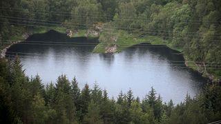 Askøy: Nye funn styrker teori om smitte via sprekker i fjellet