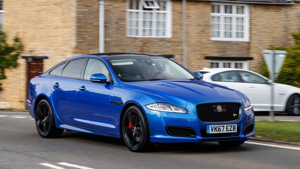 Jaguar XJ skal erstattes av en elektrisk drevet sedan.