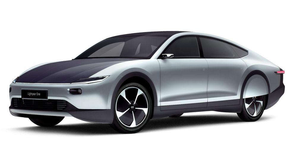 Bilen har aerodynamisk design.