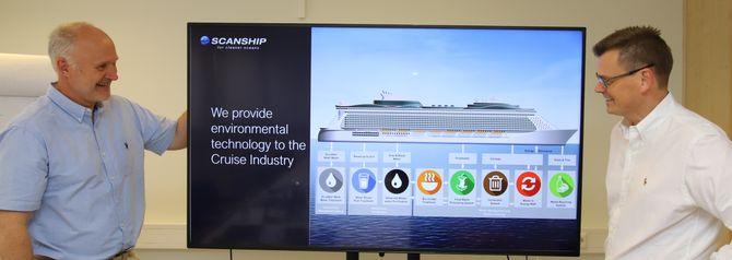 Cruiseskip er som hele byer på et relativt lite område. Det gjelder å behandle alt på lite plass og utnytte ressursene. Pål Jahre Nilsen (t.v.) og Asgeir Wien utvikler mer og mer avanserte avfallssystemer til cruiseskip. Delre av teknologien tas nå til landanlegg.