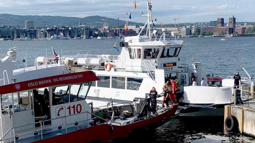 Åtte personer ble skadd da fergen krasjet. En person ble sendt til Ullevål sykehus, mens fem ble sendt til legevakten.