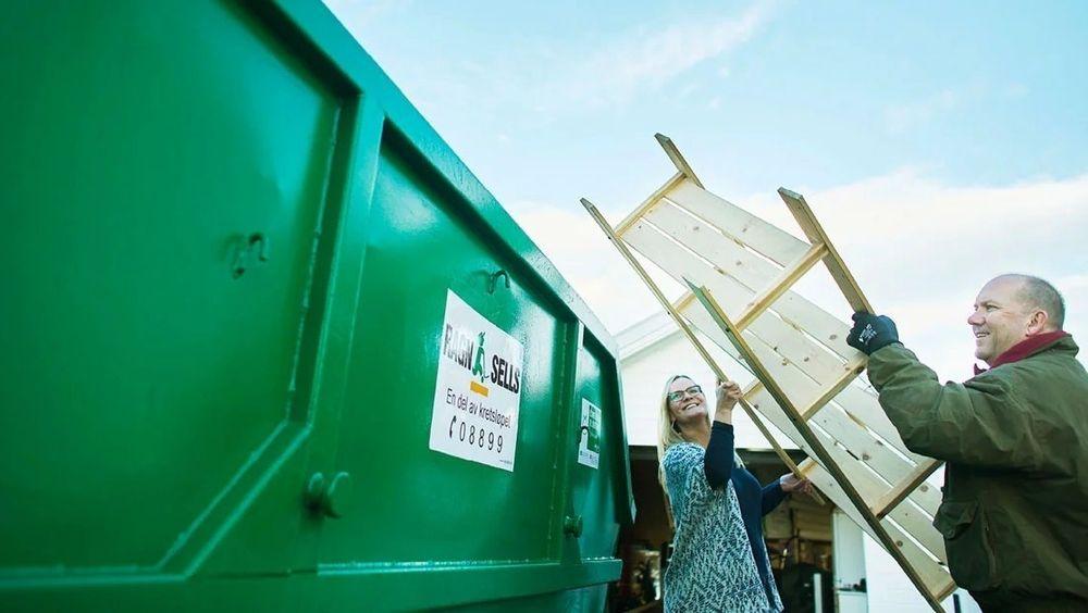 Norge er gode på innsamling og sortering av avfall, men mye sendes til nabolandene våre til forbrenning eller gjenvinning. Nå må vi snart håndtere mer avfall selv, mener bransjeaktører.