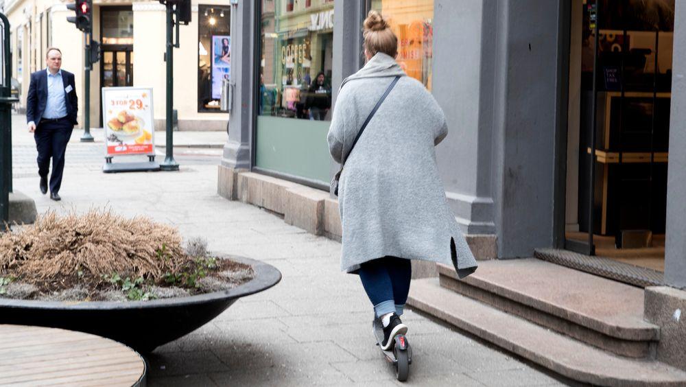Oslo legevakt har hatt 187 legevaktbesøk etter uhell med elektriske sparkesykler i perioden april til juni. Det utgjør over 1 prosent av legevaktbesøkene i perioden.