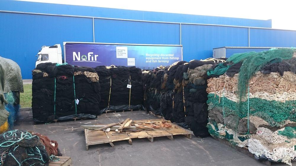 Forbudet mot eksport av oppdrettsnøter til gjenvinning kom som julekvelden på kjerringa for Nofir, som håper at situasjonen løser seg etter sommeren.
