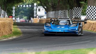 VW-elbilen slo 20 år gammel Formel 1-rekord